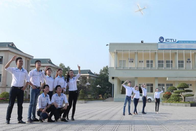 Sinh viên học viện Bưu chính Viễn thông được tạo mọi điều kiện tốt nhất để thỏa sức nghiên cứu và sáng tạo (Nguồn: ICTU)