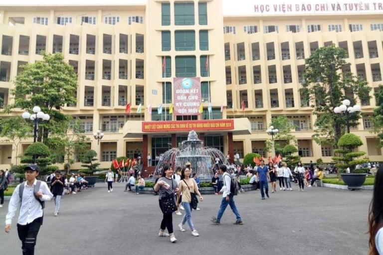 Khuôn viên trường rộng rãi, thoải mái của học viện Báo chí – Tuyên truyền (Nguồn: AJC)