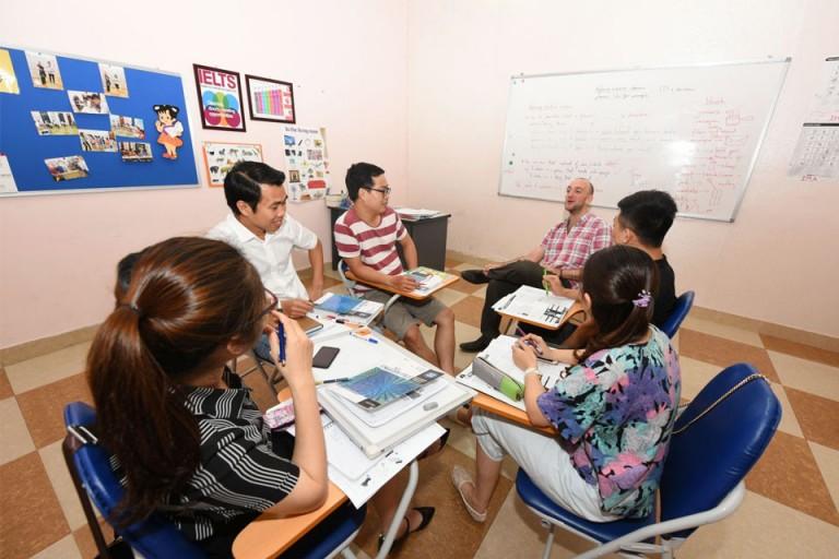 Giảng viên và học viên tại IMA (Nguồn: IMA)