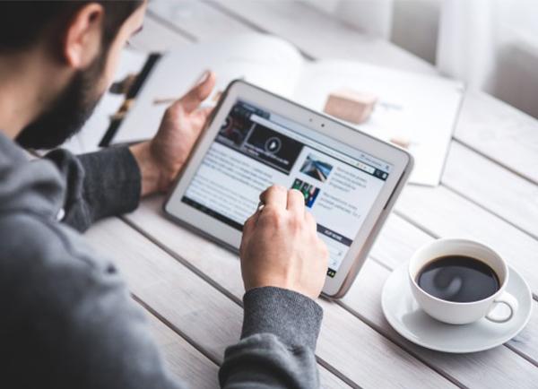 Nếu bạn có ứng thú với kinh doanh, hãy thử công việc bán hàng online