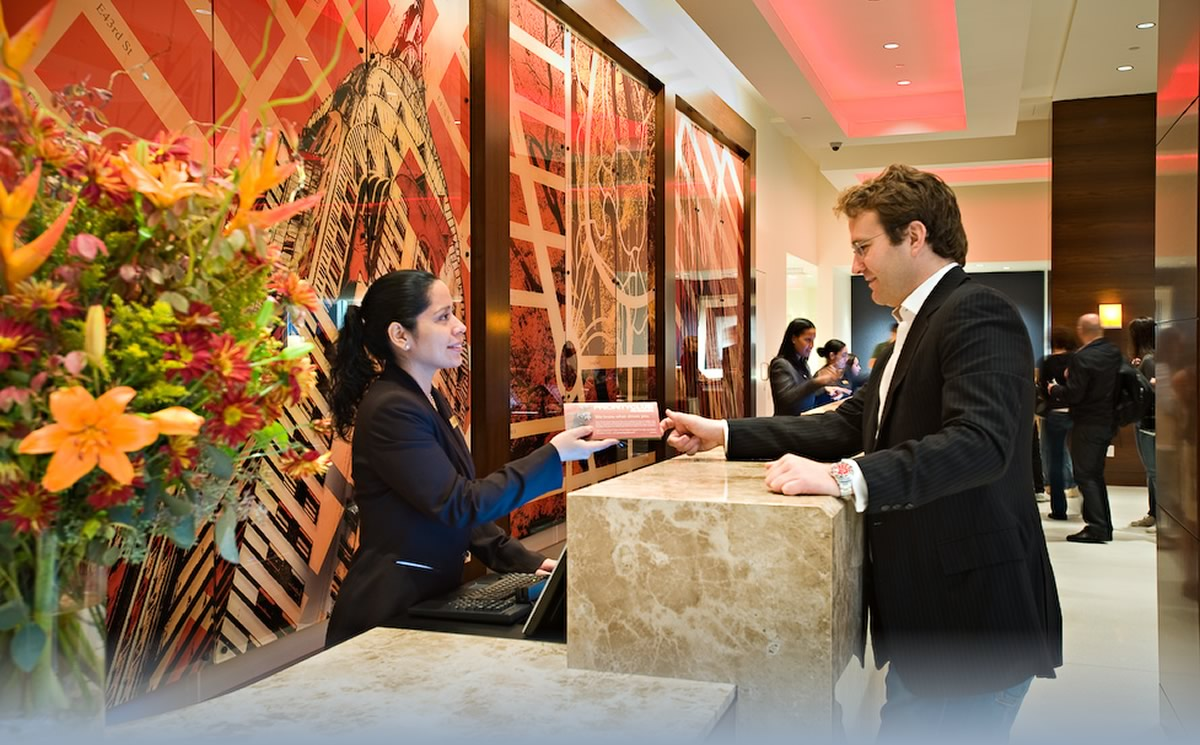 Những điều cần thiết của một lễ tân khách sạn chuyên nghiệp