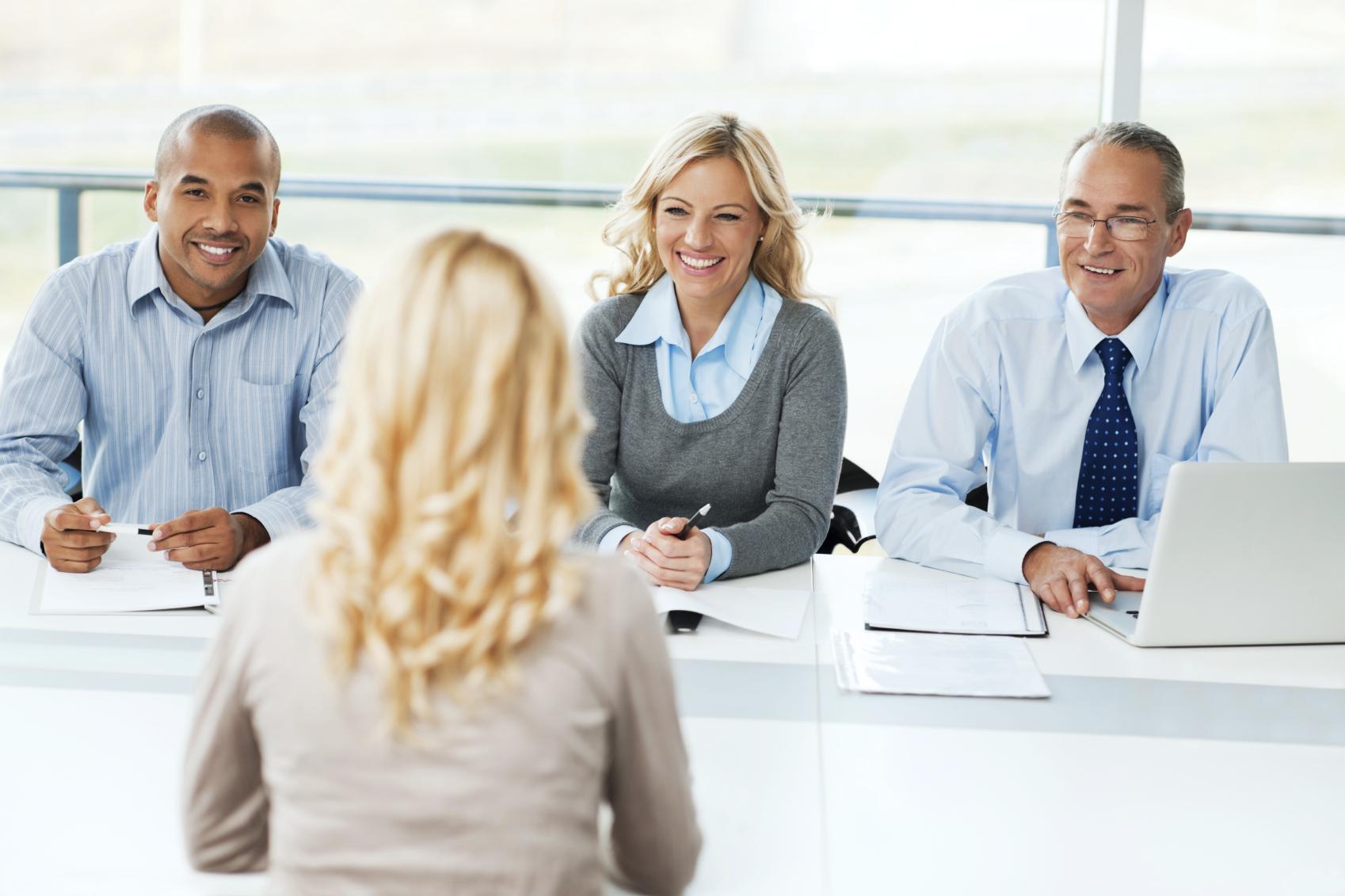 Ngân hàng câu hỏi cho vòng phỏng vấn và những gợi ý trả lời