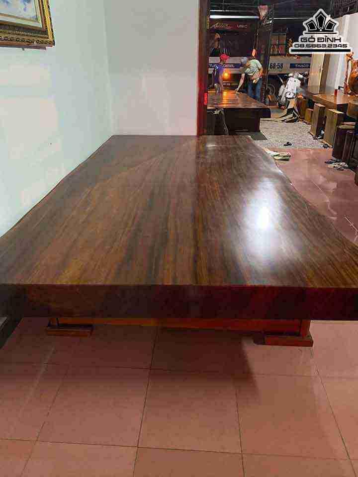 Sập gỗ nguyên tấm gỗ Lim